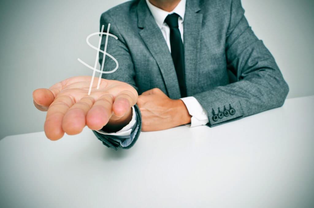 Como Solicitar Empréstimo - Saiba quanto vai pagar de taxa de juros!
